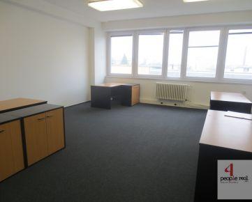 Províziu NEPLATÍTE. Prenájom kancelárií od 17 m2 už od 6,-€/m2/mes.! KLIMATIZOVANÉ kancelárie s PARKOVANÍM na VIDITEĽNOM ľahko dostupnom mieste na Račianskej ul.