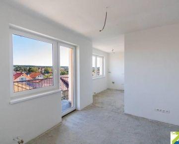 2-izbový byt s balkónom, predaj, exkluzívne, Športová, Viničné