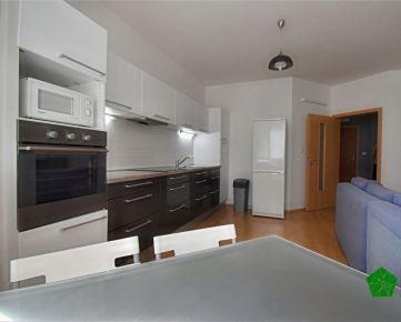 Krásny priestranný 2 izbový byt, BA V. Petržalka, Bosáková ulica