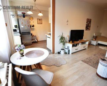 Iba u nás: Krásny 2-izbový byt v zrekonštruovanom dome, BA - NOVÉ MESTO