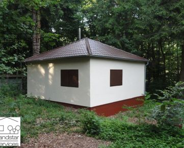 Kompletne zrekonštruovaná chata Smolenice, rekreačná oblasť Jahodník!!!