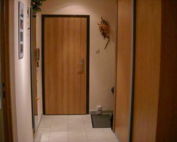2-izbový byt po rekonštrukcii.