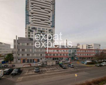 Nádherný, dizajnový 2 - izbový podkrovný byt, 58 m2, Bratislava V