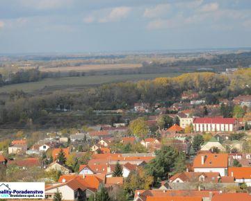 Bratislava IV - pre klienta hľadáme rodinný dom V DNV