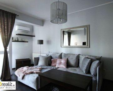 Krásny 2 izbový byt s terasou v NOVOSTAVBE, 2 parkovacie miesta, Koniarekova