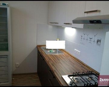 Prenájom - 1 izb. byt v Petržalke Jankolová ul.