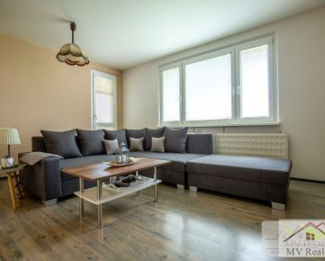MV REAL Vám ponúka na predaj 3-izbový zariadený byt v blízkosti centra Trnava na ulici Vladimíra Clementisa