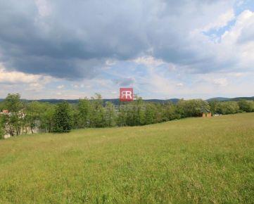 HERRYS-Na predaj posledný voľný pozemok na výstavbu rodinného domu s IS pri priehrade v Lozorne