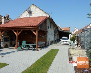 Exkluzívne na predaj 2 rodinné domy s dielňou, Bratislava, Vajnory