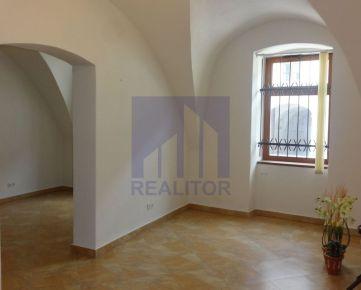 PRENÁJOM, obchodný (administratívny) priestor, centrum, Lazovná ulica, 65 m2