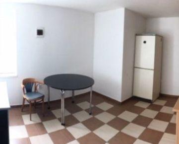 Prenajmem ubytovacie priestory v B.Bystrici Populárna Exluzívne