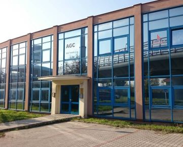 Predaj výrobno-skladového areálu, 5579 m2, Mlynské luhy