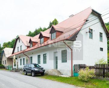 Veľký dvojgeneračný dom v obci Kopernica