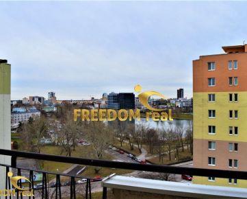 Na prenájom 3,5 izbový byt s výhľadom na Štrkovec a Karpaty, 2 x loggia - Sabinovská ulica