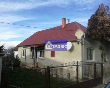 3155 - Na predaj rodinný dom po rekonštrukcii v obci Sokolce