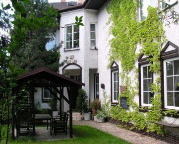 6 izbový byt v stýlovej historicke vile - Horský park