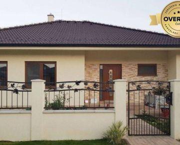 POSLEDNÁ 4ka DOMOV V SLÁDKOVIČOVE - 4i rodinný dom + bonus naviac NS