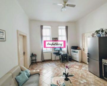 COMFORT LIVING ponúka - KOMPLETNE zrekonštruovaný byt v Starom Meste - DVE KÚPEĽNE, FÍNSKA SAUNA, orientácia do tichého vnútrobloku