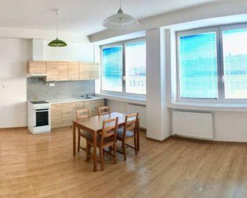 Ponúkame na prenájom trojizbový byt 70 m2 ul. Vysokoškolákov - Žilina