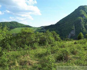 Stavebný pozemok s krásnym výhľadom v prírodnom prostredí - Záskalie pri Považskej Bystrici na predaj