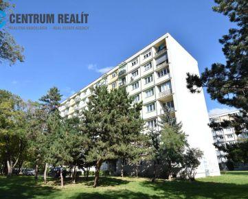 Iba u nás: príjemný 2 izbový byt s balkónom vo výbornej lokalite, BA II - Ružinov