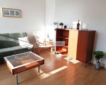 """Predaj 2 izb.bytu s terasou v """"Manderláku"""" , Námestie SNP"""