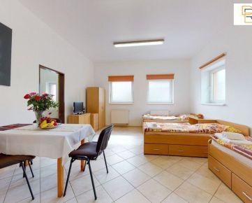 Kompletne vybavený 2 izbový apartmán s kuchynkou a kúpeľňou na Radlinského ulici v Prešove na prenájom