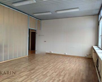 Prenájom sklad, kancelária/ viacúčelová miestnosť 30m2, LEN 7,-€/ m2! ul. Polianky, BA IV., Dúbravka.
