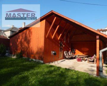 MASTER REAL- Na  Predaj  chata s garážou - 301 m2, Tužina, okres Prievidza