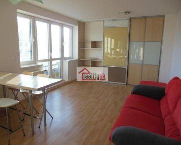 Slnečný 1-izbový byt v novostavbe s balkónom