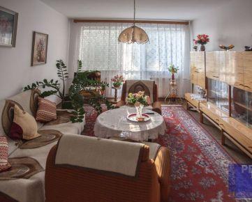 --PBS-- Veľký TEHLOVÝ 3.-izbový byt o výmere až 83 m2 + 2 x BALKÓN, Coburgova ulica