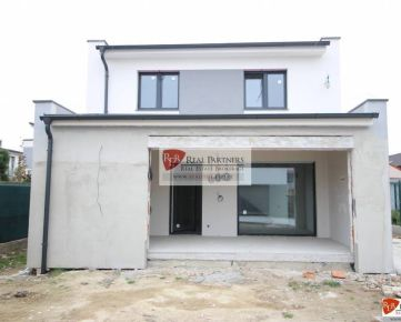 REB. sk predaj 5 izbový RD, výmera 173 m2 + 310 m2, Podunajske Biskupice