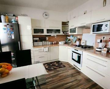 Na predaj 3 izbový byt v meste Bratislava - Dúbravka