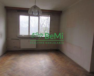 REZERVOVANÉ !! 3D Obhliadka !! Predáme 2 izbový byt s loggiou - Zlaté Moravce (967-112-AFI)