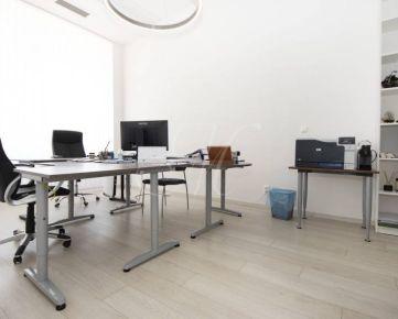 Kancelárie v centre mesta s parkovaním - 92, 54 m2
