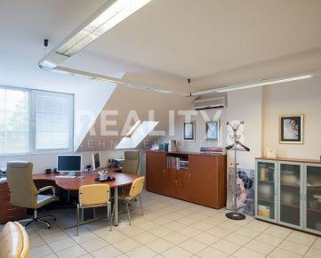 Prenájom kancelárii v polyfunkčnom objekte v Nitre - ZOBOR s vlastným parkoviskom