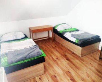 Na prenájom 3-izbový byt v Ružinove pre skupinu pracujúcich