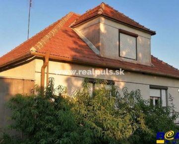- REAL PULS -  Rodinný dom s Prístavbou, pozemok 1240 m2 - BOJNIČKY -