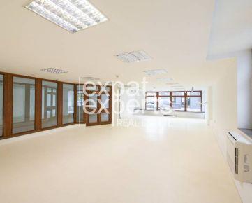 Perfektné obchodné priestory, 2 x 101m2, nezariadené, parkovanie