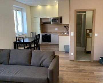 I - Prenájom 2-izbového zrekonštruovaného apartmánu v Starom meste