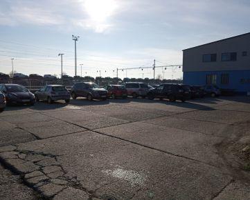 prenájom 5 ks parkovacích miest (spolu)