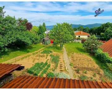 SLNEČNÉ STRÁNE, PREDAJ, RODINNÝ DOM, Banská Bystrica, 866m2