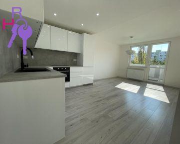 Ponúkame na predaj 3 izbový byt po kompletnej rekonštrukcii v Ružinove