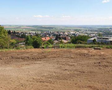 PEKNÝ POZEMOK Nitra - Zobor, 1 700m2