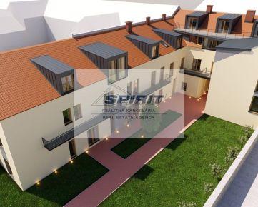 1-izbový byt po kompletnej rekonštrukcii- Liptovský Mikuláš, Námestie osloboditeľov