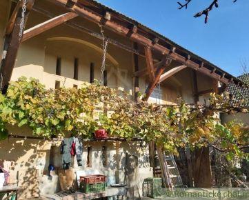 Dom gazdovského typu vhodný i na podnikanie v tichej časti Beluše na predaj