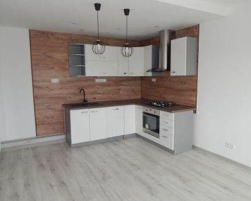 Na predaj novozrekonštruovaný 3izb byt