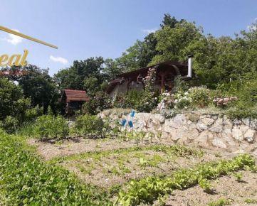 Na predaj záhrada s chatkou Nižná Úvrať, Košice-Vyšné Opátske
