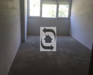 3 Izbový byt na Tupého na predaj