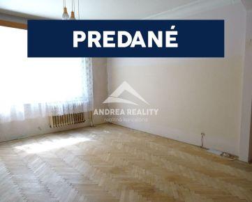 PREDANÉ: 3-izbový byt Ružinov - Sklenárová ulica, pôvodný stav